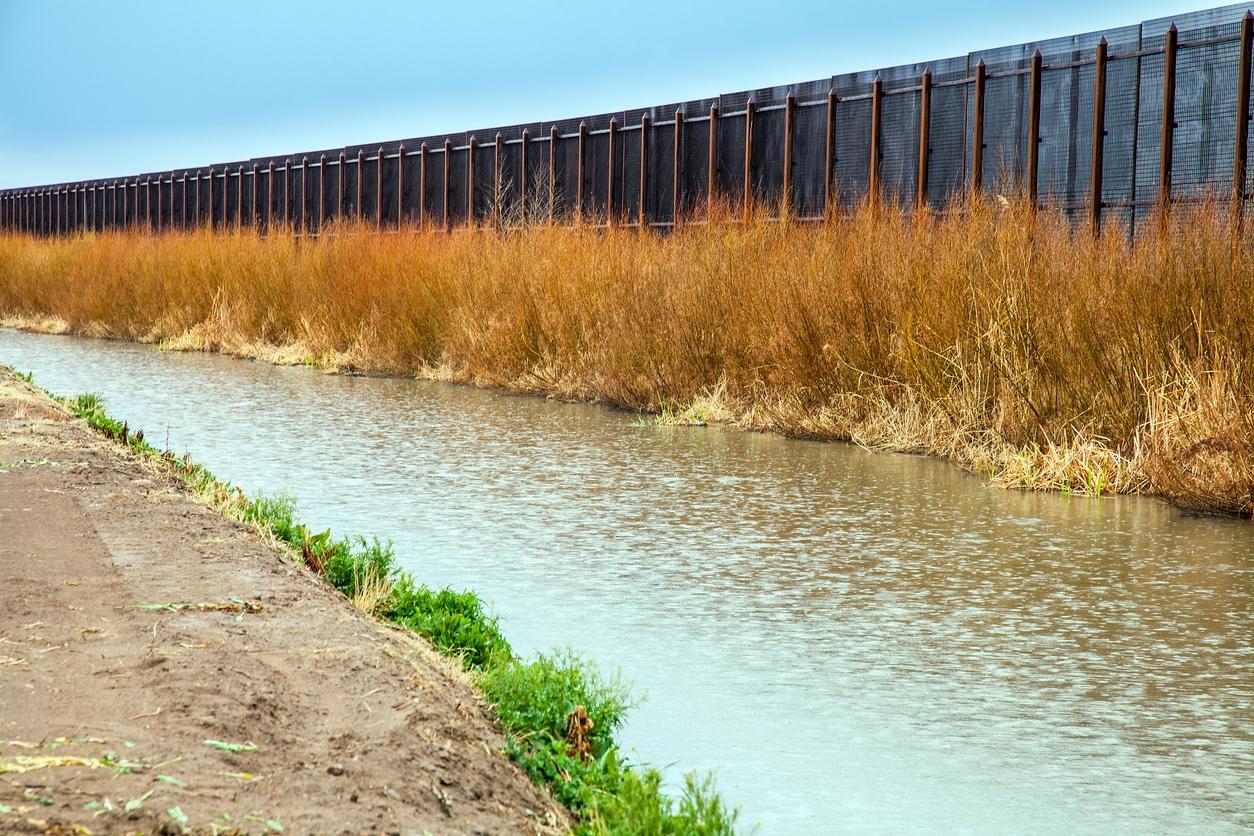 Mexico Border i Stock