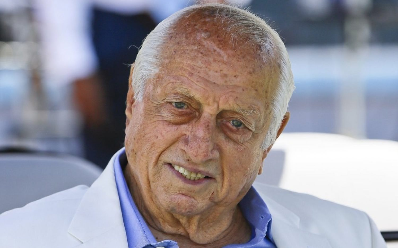 Baseball's Tommy Lasorda dies