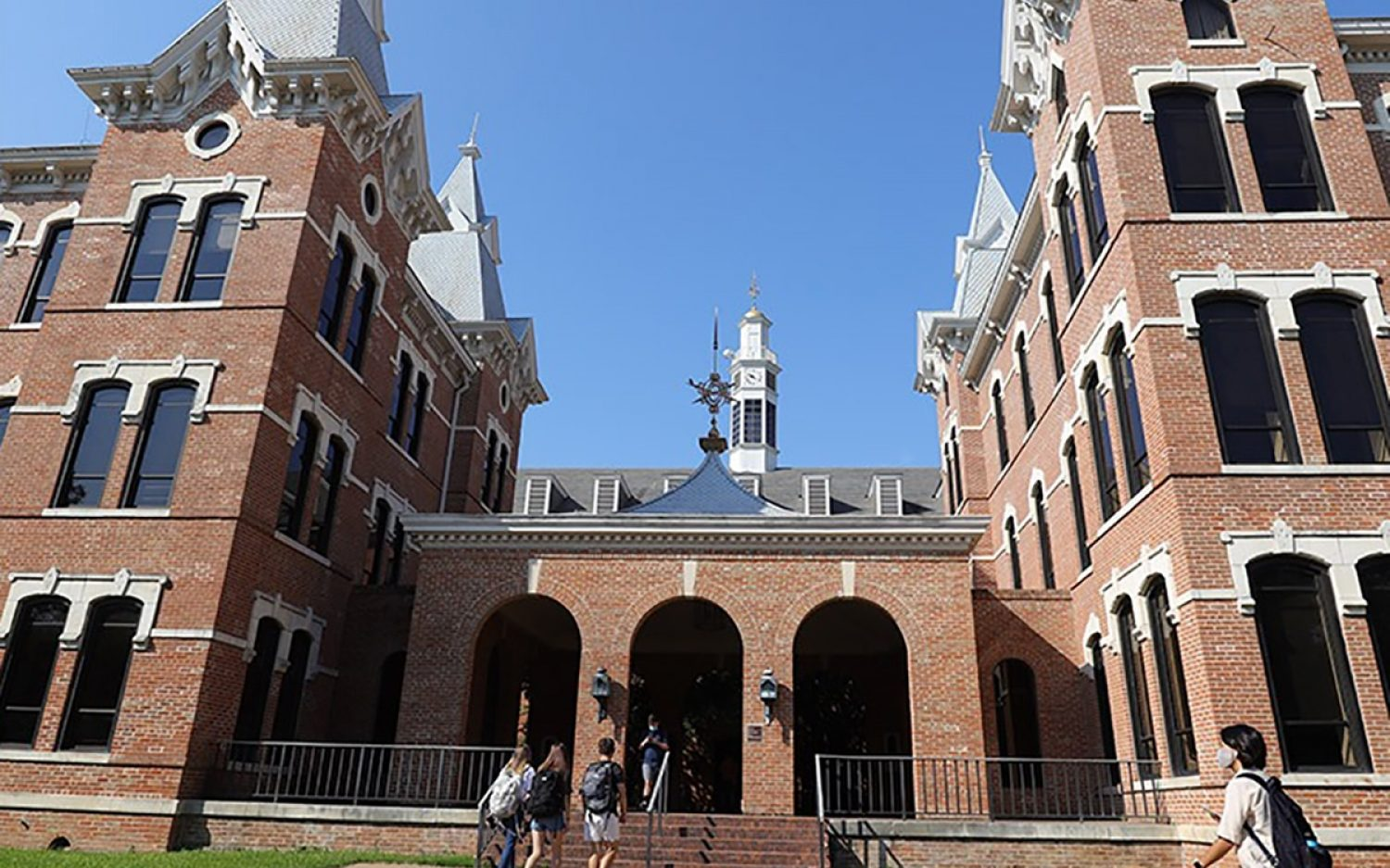 LGBTQ advocates target federal funding of Christian colleges