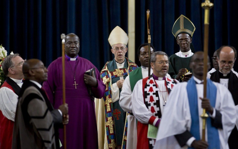 Kenyan court reinstates defrocked Anglican priests