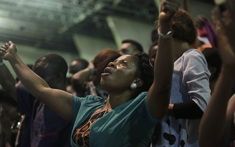 Nigeria suspends law regulating church leaders
