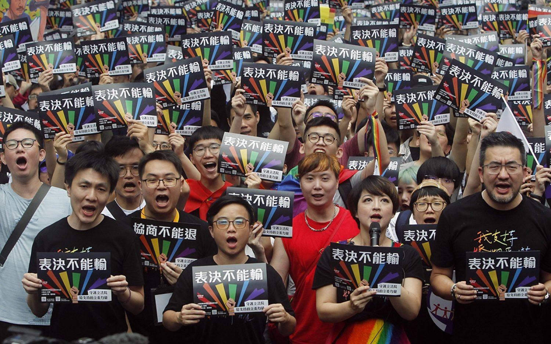 Taiwan legislature redefines marriage