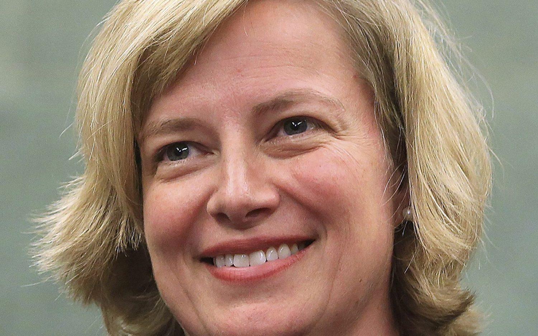 Arkansas judge stalls abortion laws