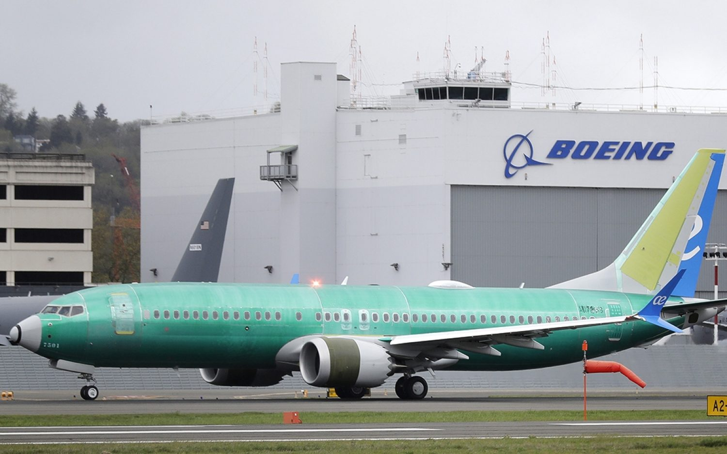 Boeing begins payments to bereaved families