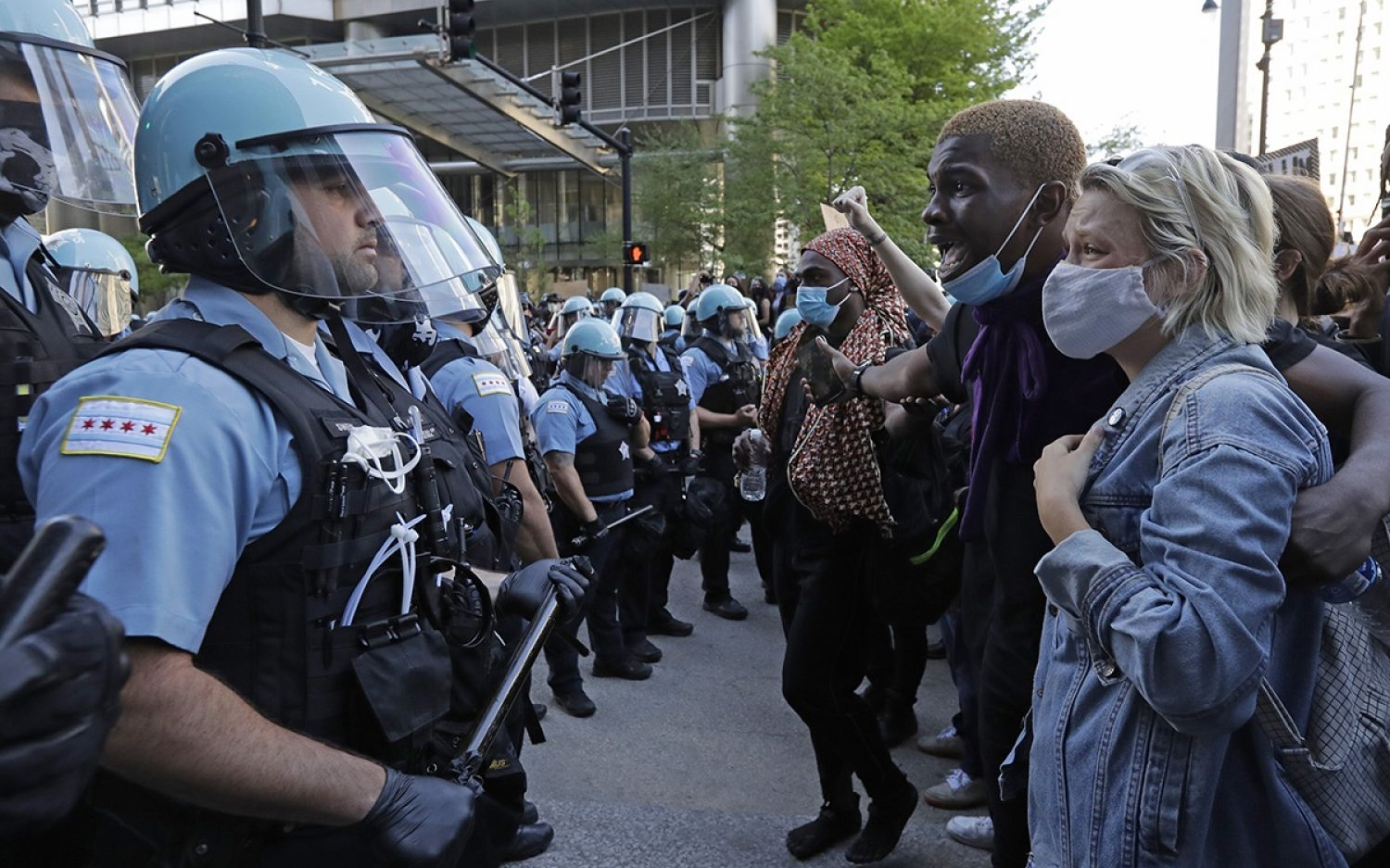 Police question radical reforms in Illinois
