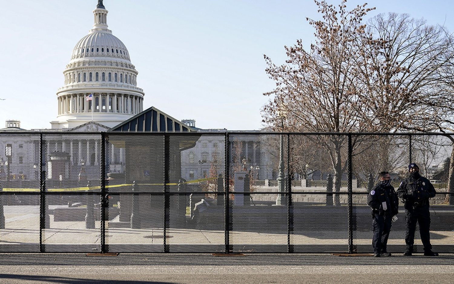 Capitol Police officer dies of riot injuries