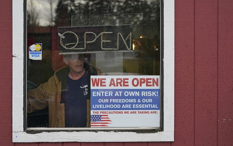 Unemployment climbs back toward 1 million
