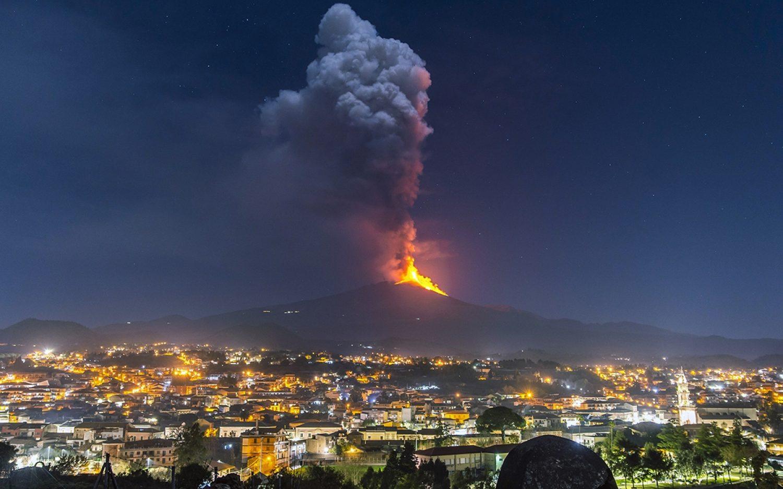 Etna's pyrotechnics over Italy