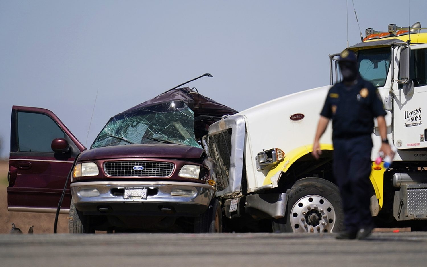 Deadly crash linked to human smuggling
