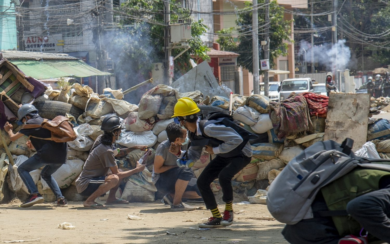 Myanmar cracks down on the press