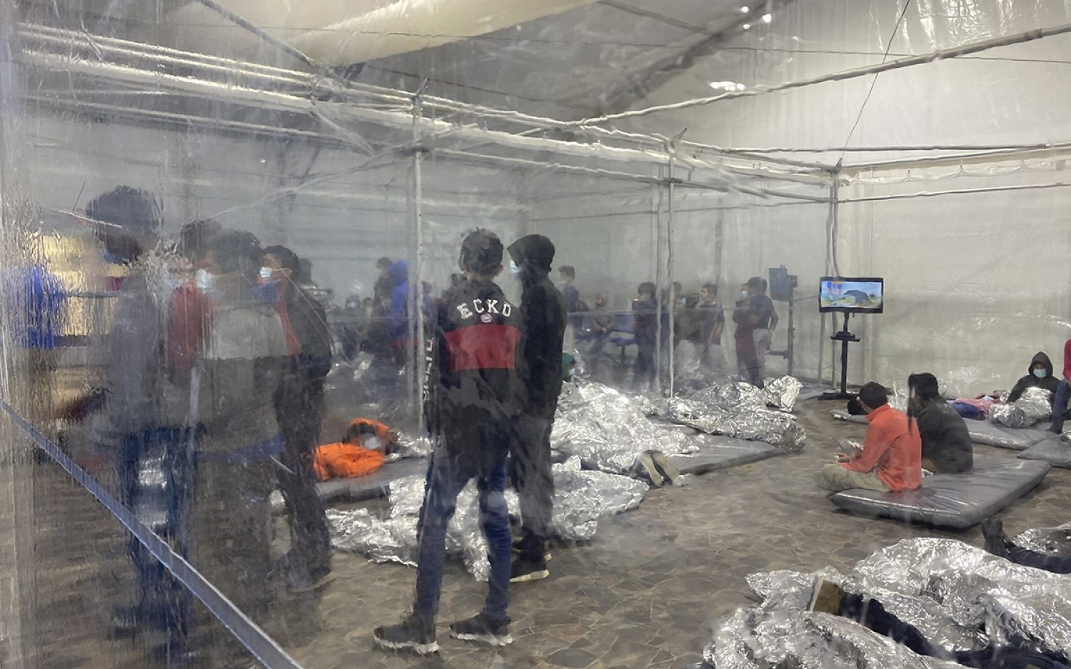 Leaked photos put face on border crisis