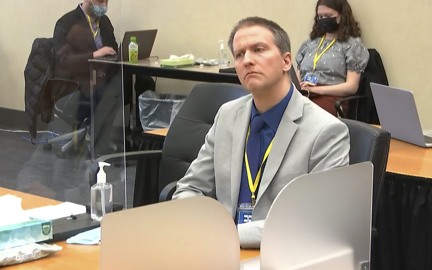 Jury begins deliberations in Chauvin trial