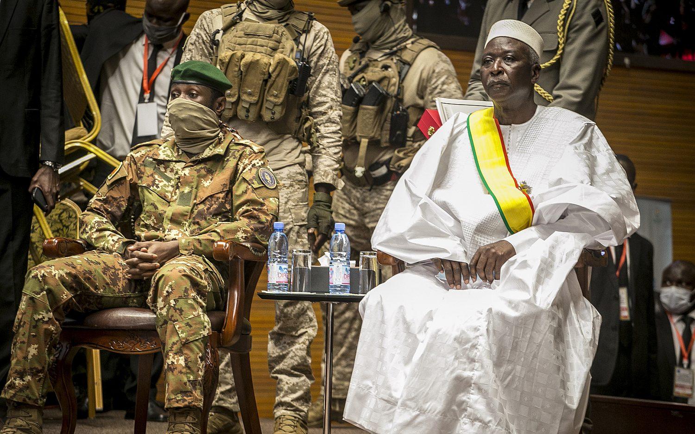 Mali's military leader sworn in as interim president