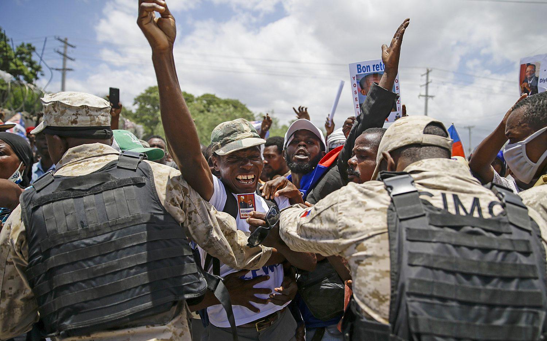 Biden refuses military aid to Haiti
