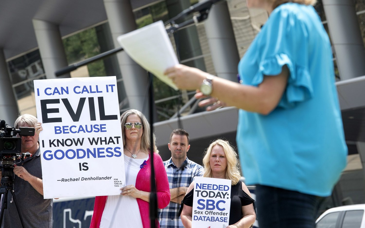 Investigation uncovers sexual abuse in Southern Baptist churches