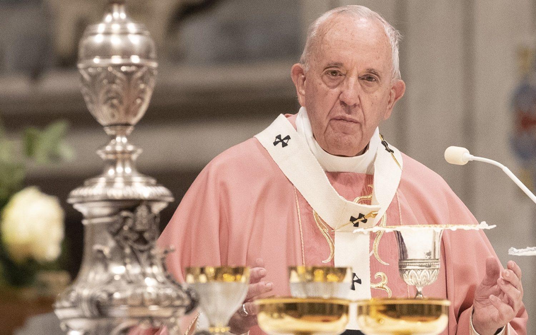 Pope scraps 'pontifical secret' in abuse cases