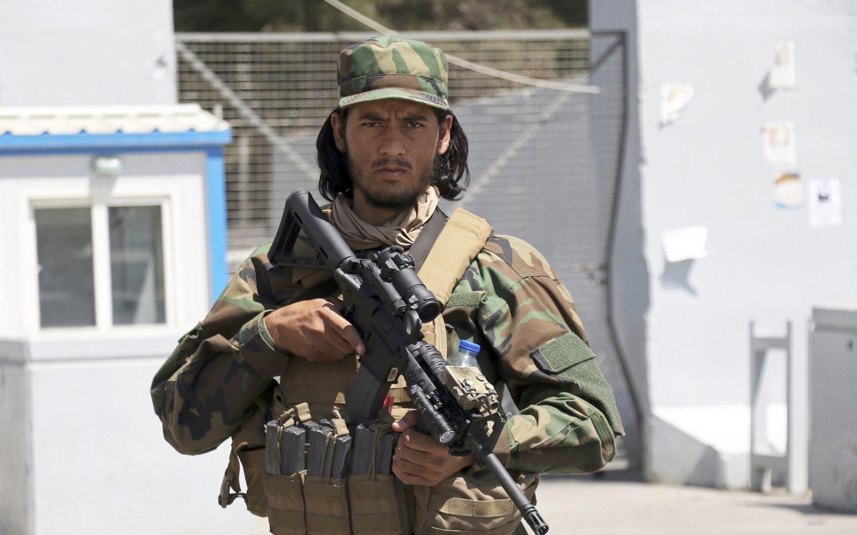 U.S. says Taliban blocking flights out of Kabul