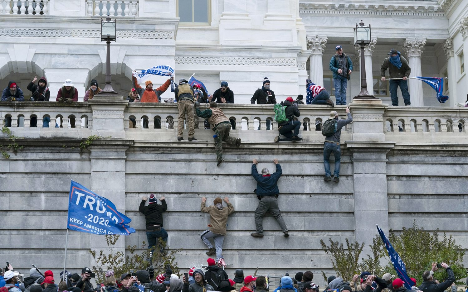 Police confirm deaths in Capitol riots
