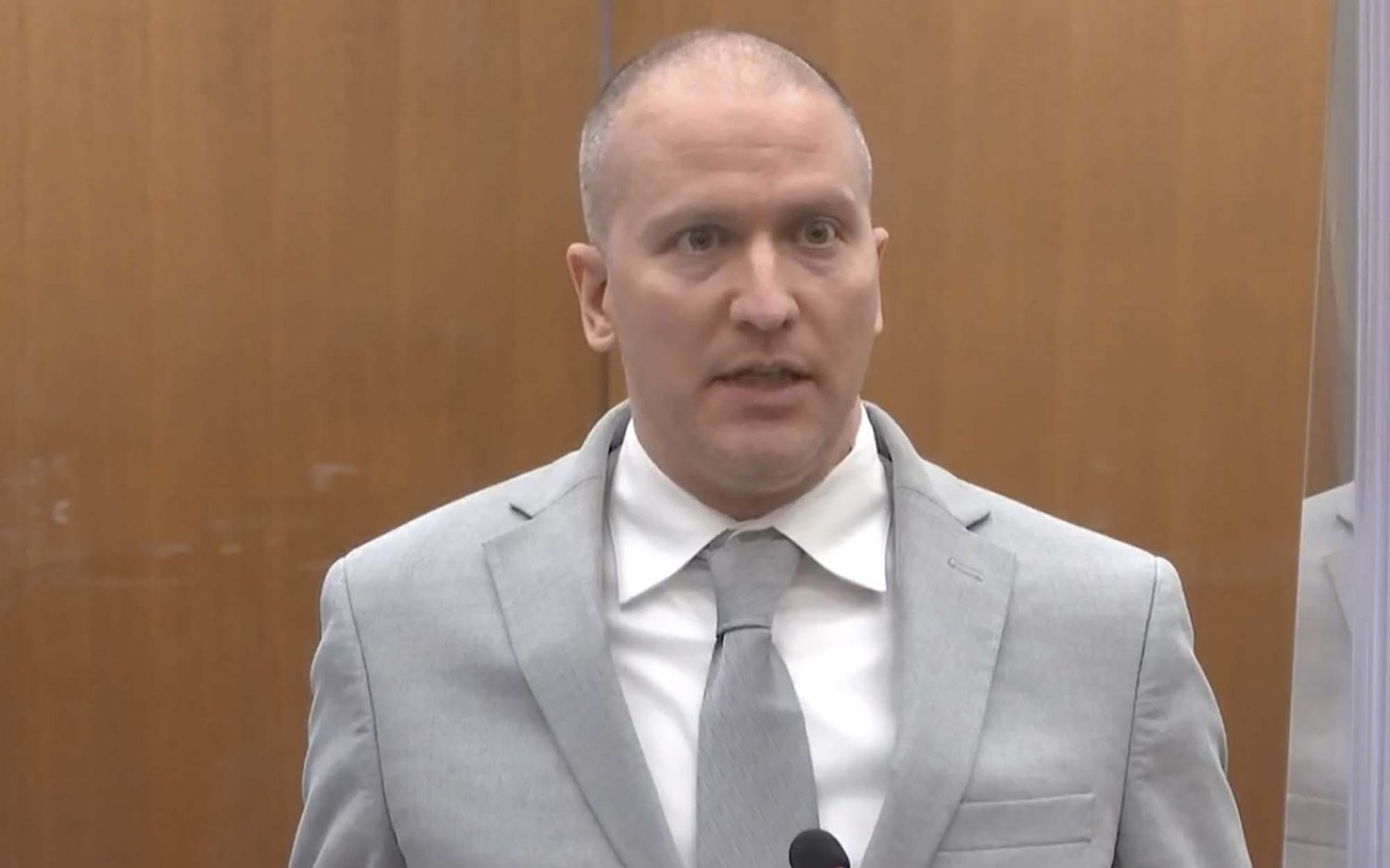 Former officers plead not guilty to violating Floyd's rights