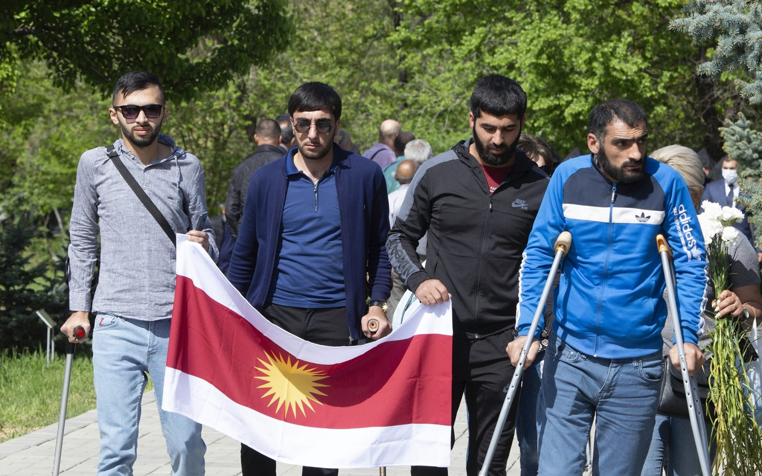 Mourning in Armenia and India