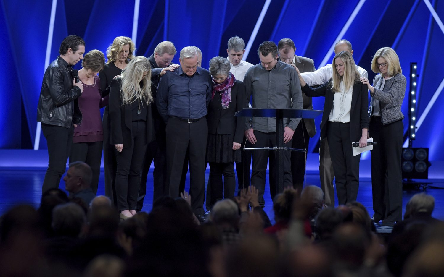 Willow Creek elders respond to new Hybels accusations