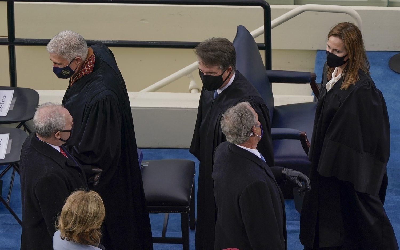 Supreme Court strikes down California indoor worship ban