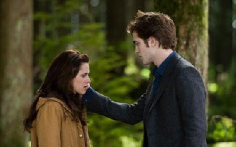 <em>Twilight</em> time again