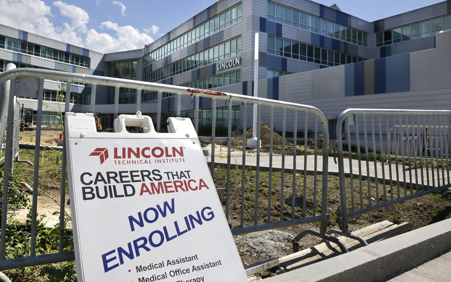 Picking up the for-profit-college tab