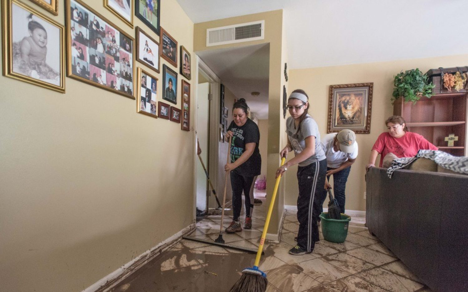 Samaritan's Purse heads to Texas as floodwaters continue to rise
