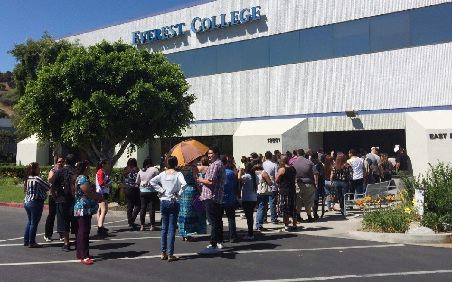 For-profit college collapse could create massive bill for taxpayers