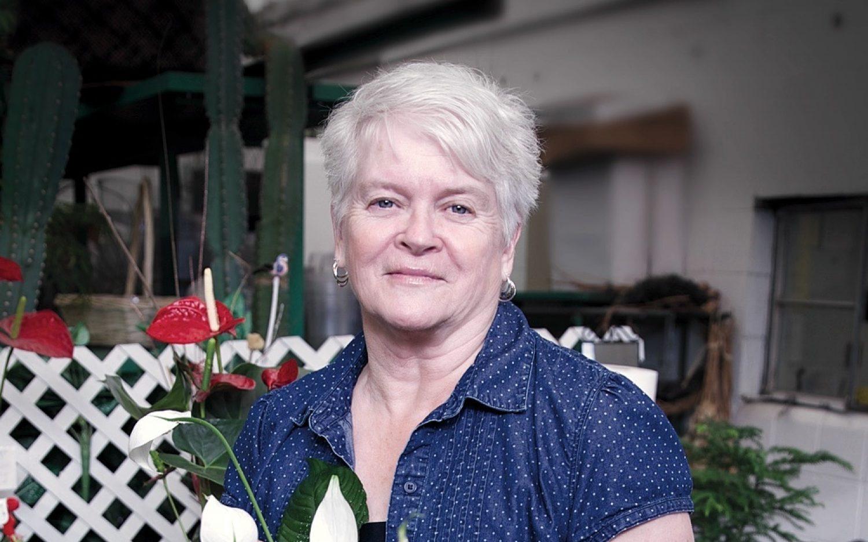 Washington florist fined, ordered to create gay wedding arrangements