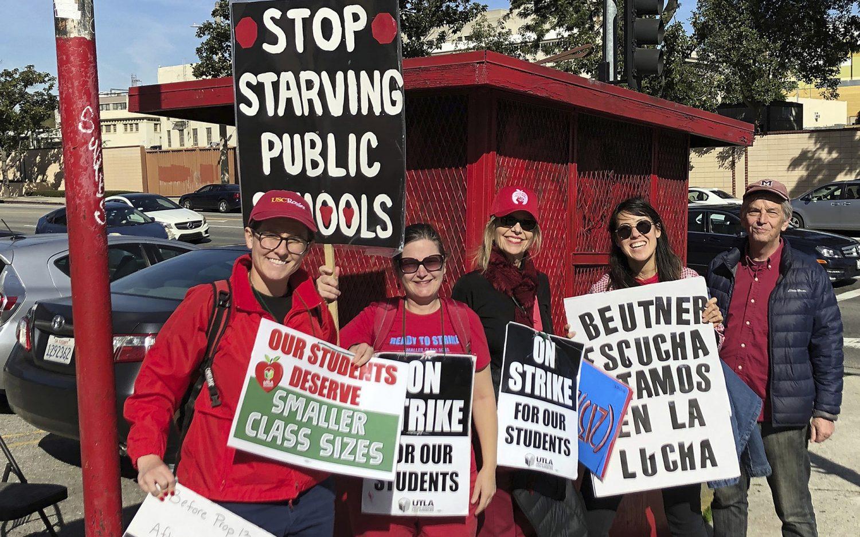 LA teachers strike ends with salary deal