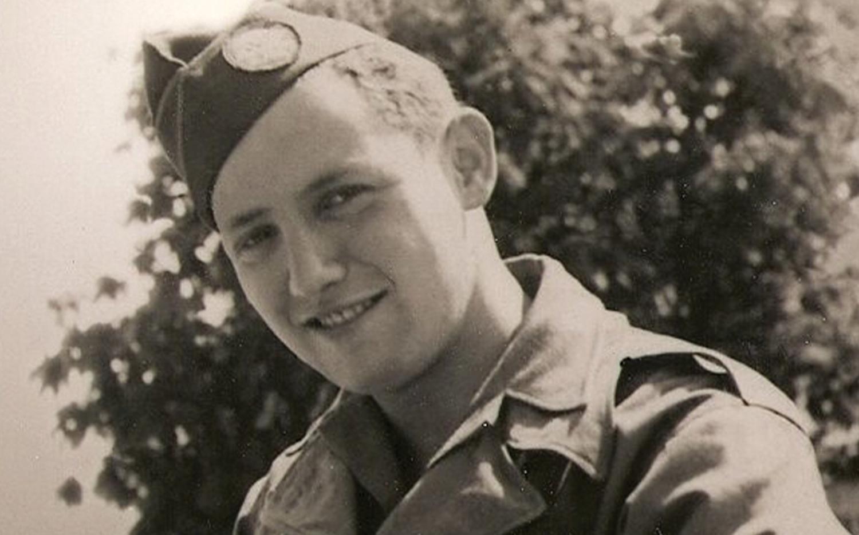 Wisnia in 1945 in his Army uniform