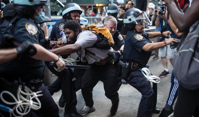 Police detain protesters in New York