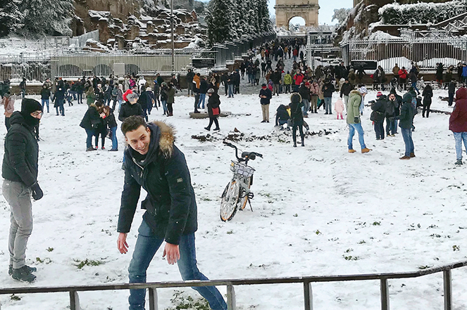Snowball fights in Rome