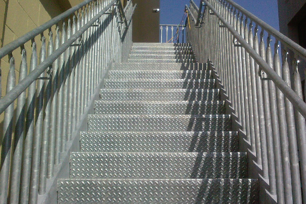 IBC-compliant bolted metal stairs