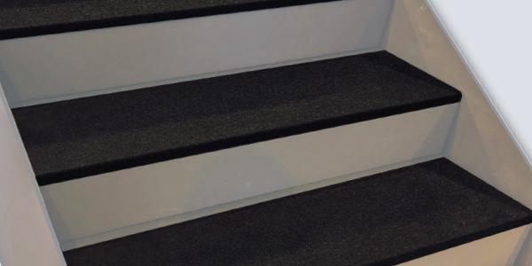 non slip stair tread design example